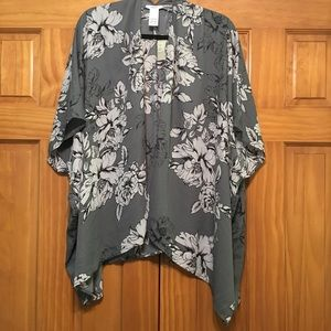 Maurice's Kimono NWT Grey/Black - One Size